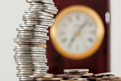 Настоящие доходы граждан России продолжают расти, весной +4,1%