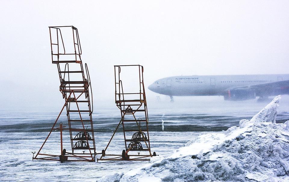 Два десятка рейсов задержаны иотменены встоличных аэропортах 12декабря